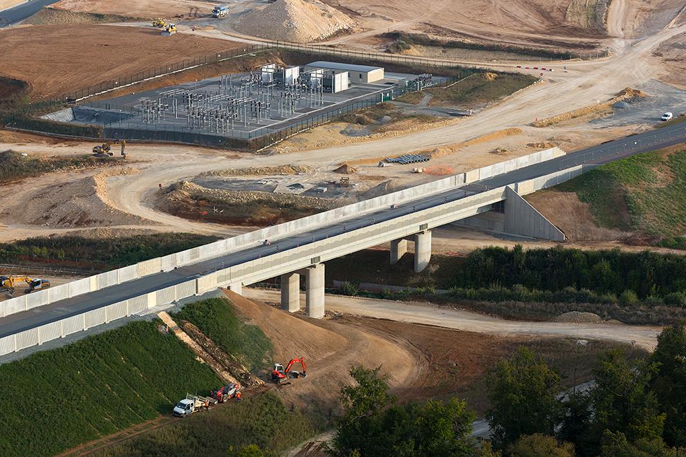 Pont Rail PRa 089+230 / LGV SEA TOURS - BORDEAUX (crédit photo demathieu & bard)