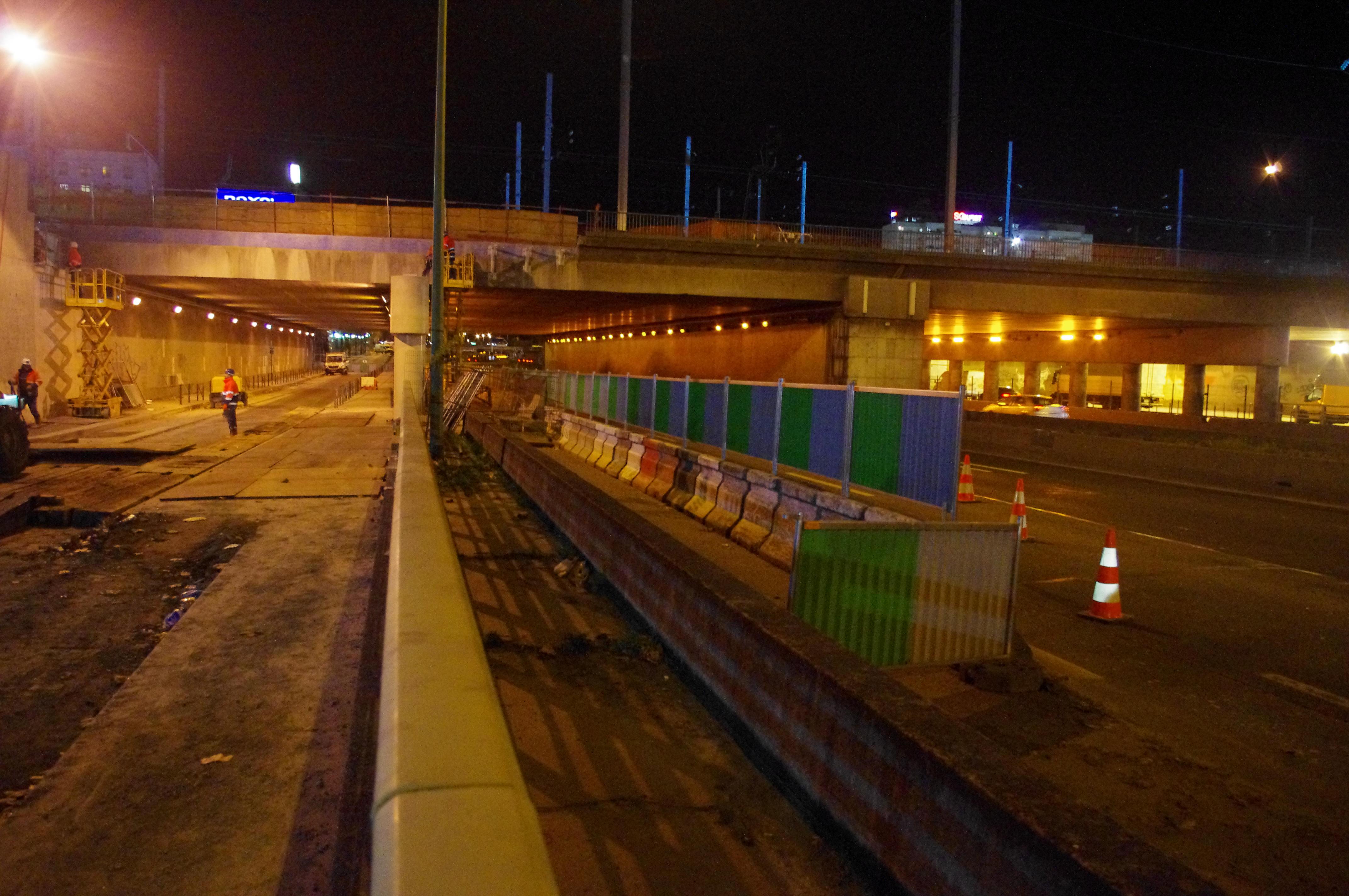 SNCF RESEAU, GTM TP IDF Groupe VINCI, Prolongement des appuis du Pont Rail de la Révolte quartier des Batignolles le long du Boulevard Périphérique Intérieur PARIS 17 - Maîtrise Ingénierie Management (MIM) - Ingénieurs Conseils